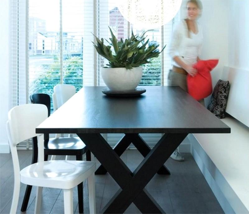 Chaise de bistro blanche en bois esprit scandinave