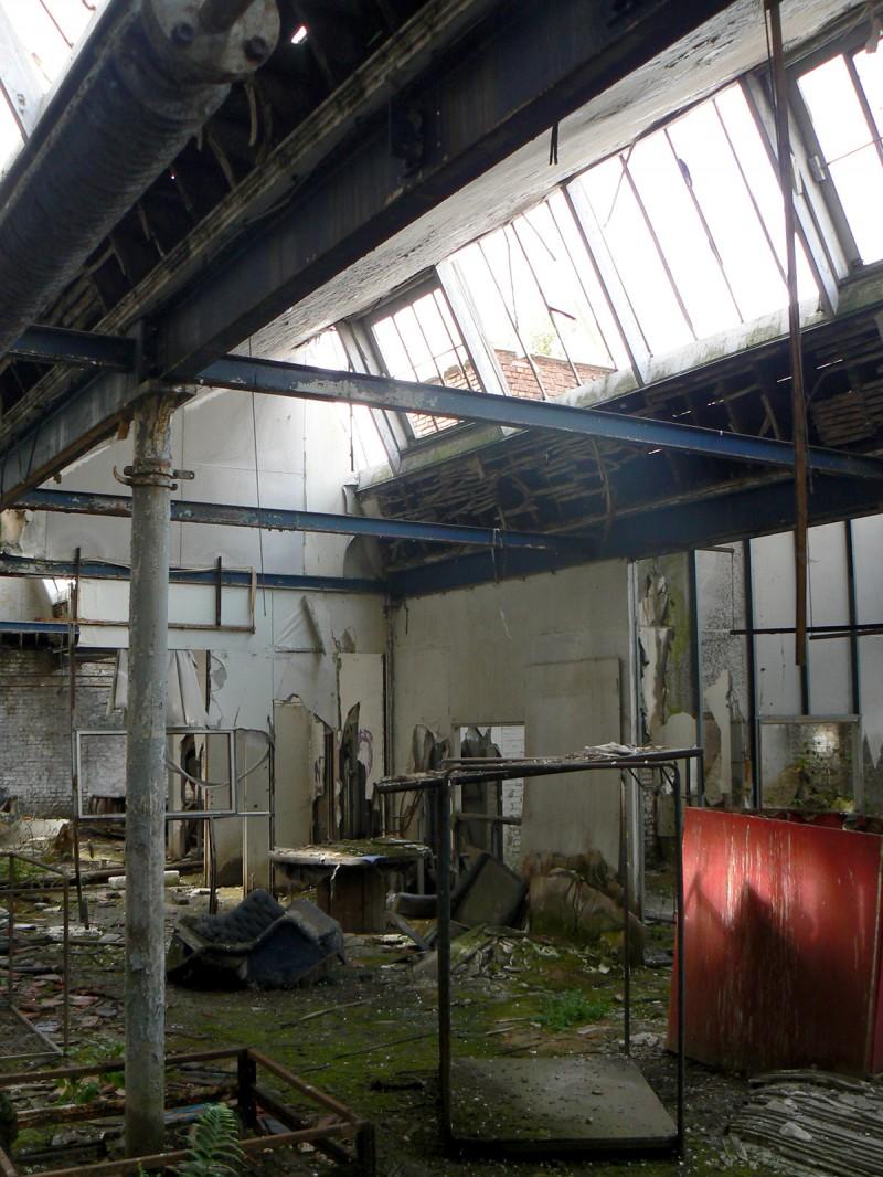 Shed dans une ancienne usine