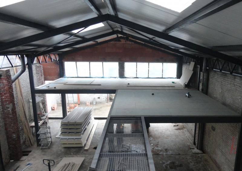 Loft dans un hangar