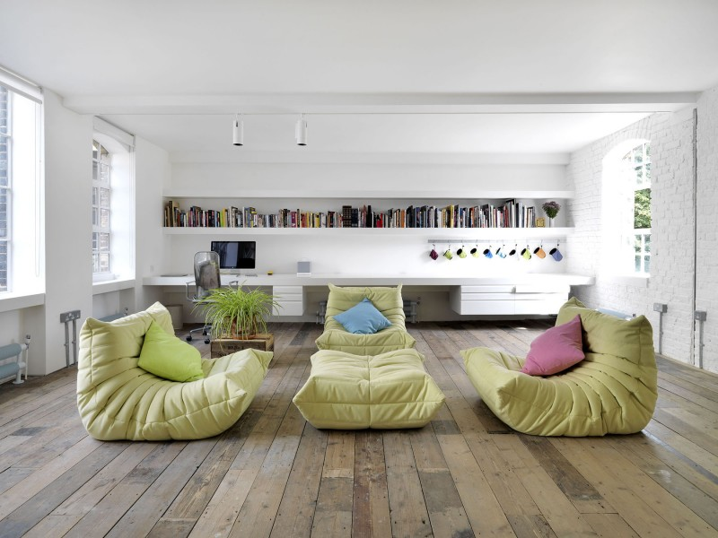 Bermondsey warehouse loft par form design architecture - Housse togo ligne roset ...
