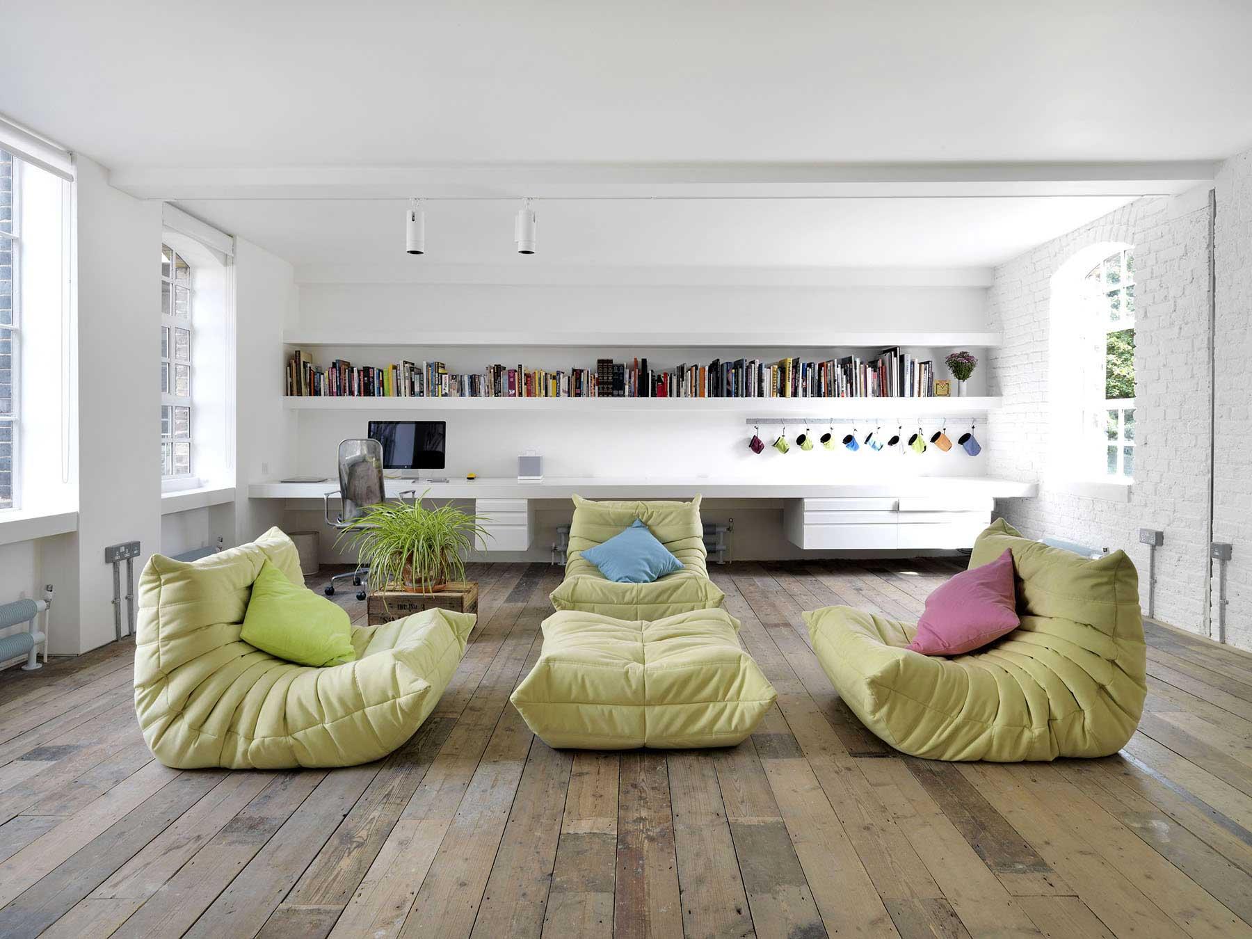 canap togo ligne roset. Black Bedroom Furniture Sets. Home Design Ideas