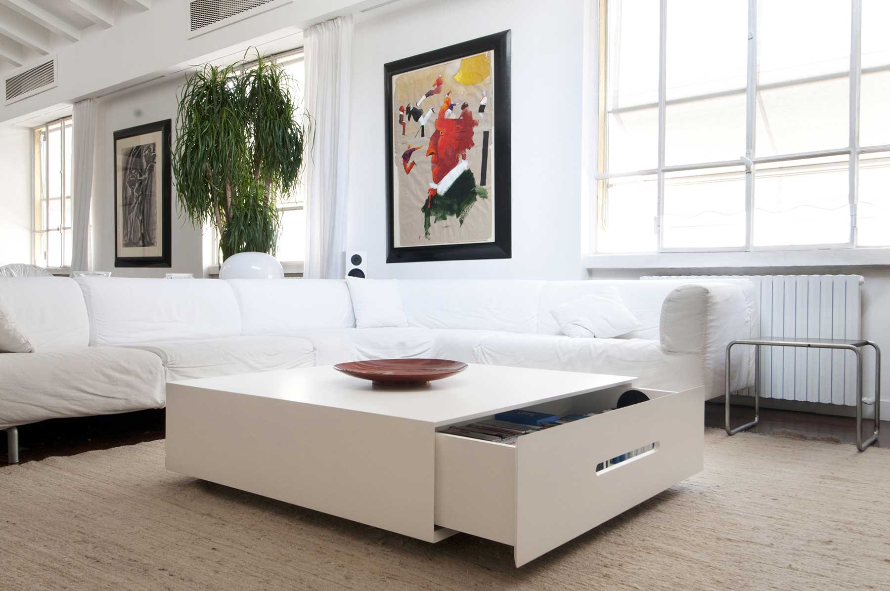 table basse avec grand tiroir. Black Bedroom Furniture Sets. Home Design Ideas