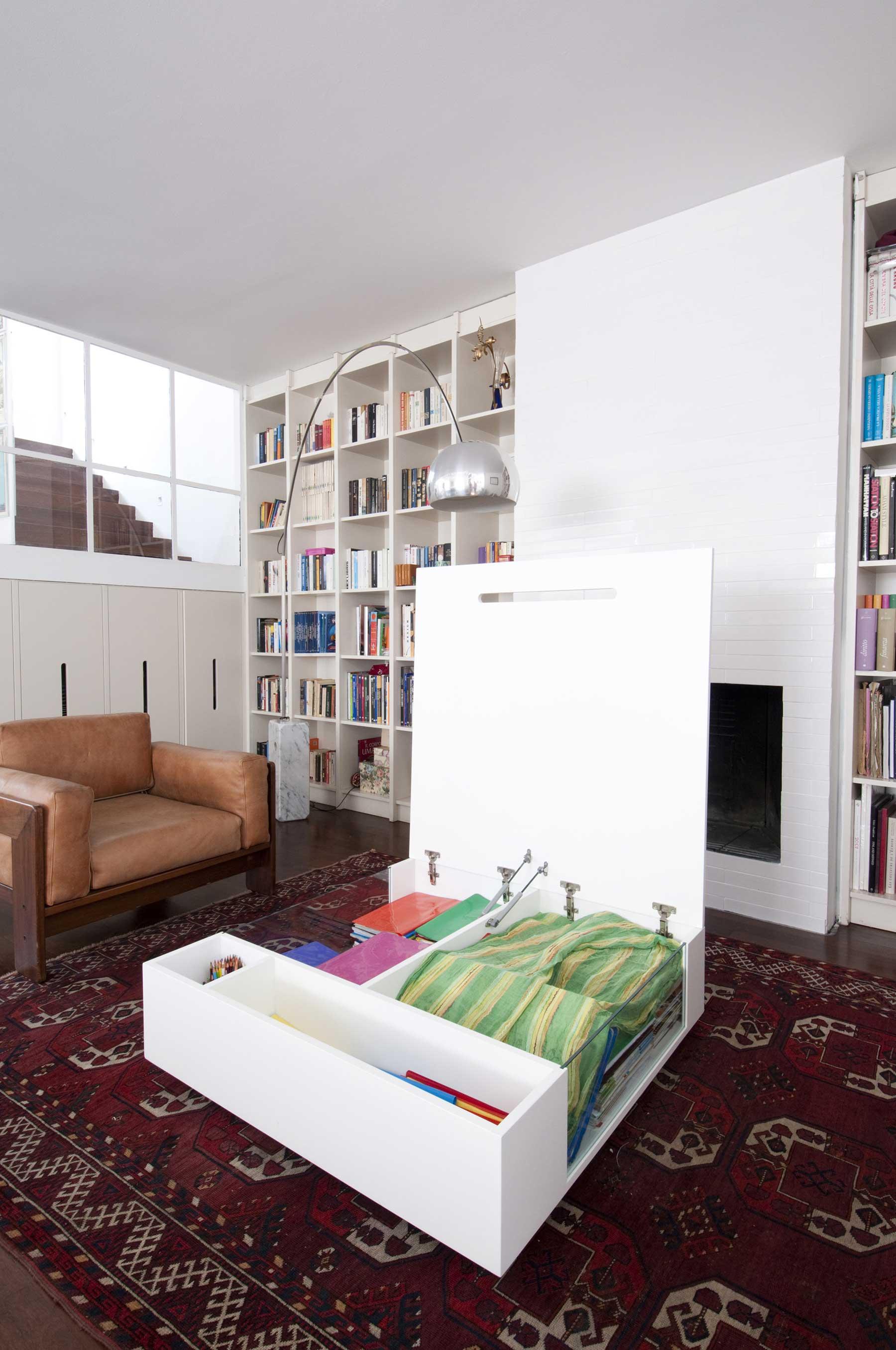 table basse ouvrante. Black Bedroom Furniture Sets. Home Design Ideas