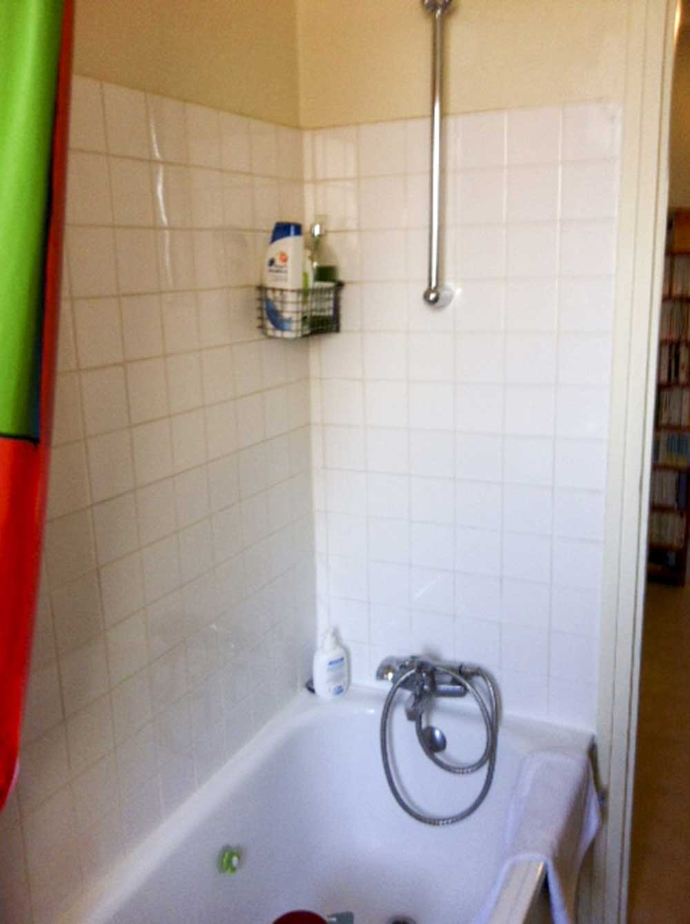 Baignoire r nover paris for Renovation salle de bain paris