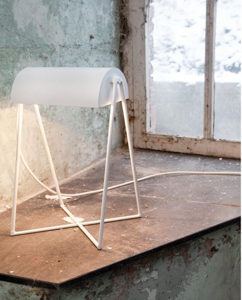 Lampe de bureau design blanche