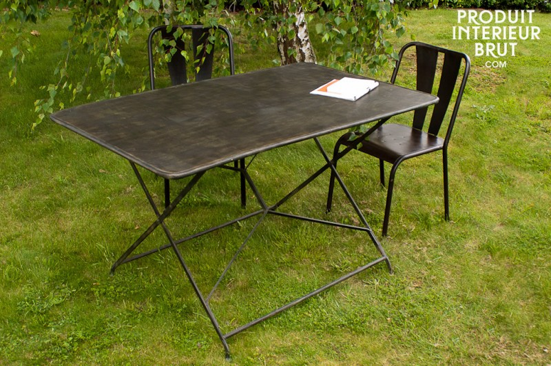 31 id es d co de mobilier de salon de jardin - Table de jardin en metal ...
