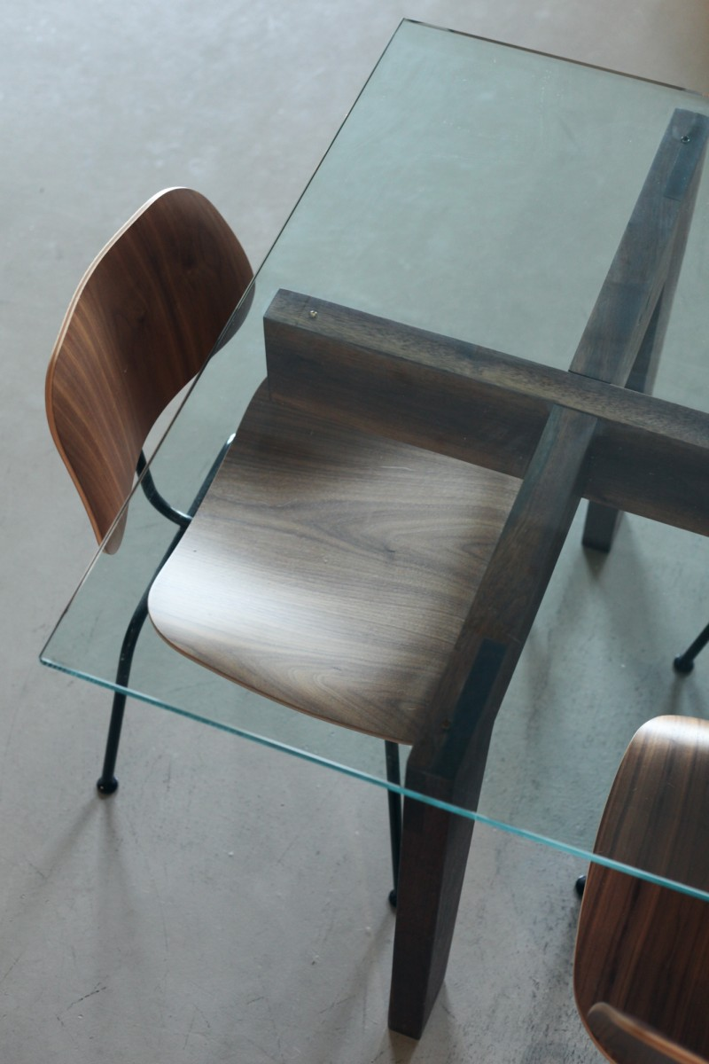 Table en verre minimaliste