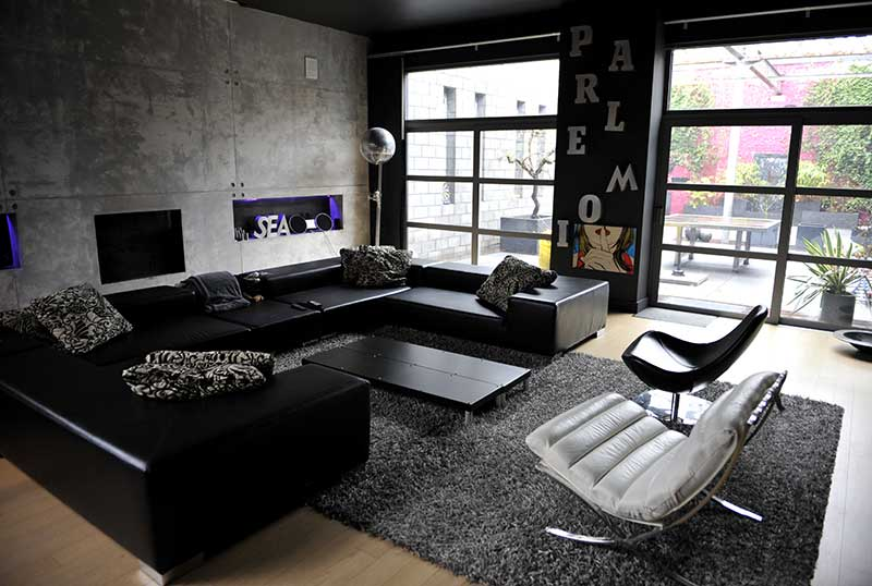 Dark loft location pour photos tournages v nements en belgique - Idee deco salon canape noir ...