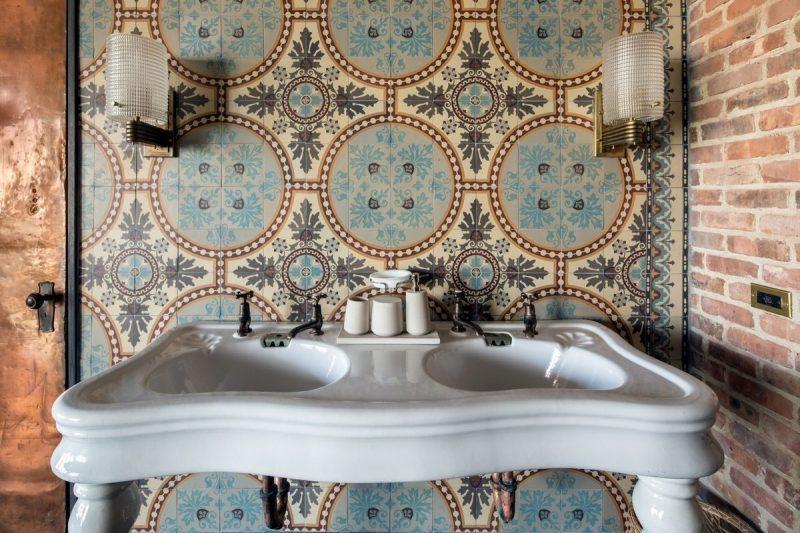 Salle de bains avec carreaux de ciment for Salle de bain carreau ciment