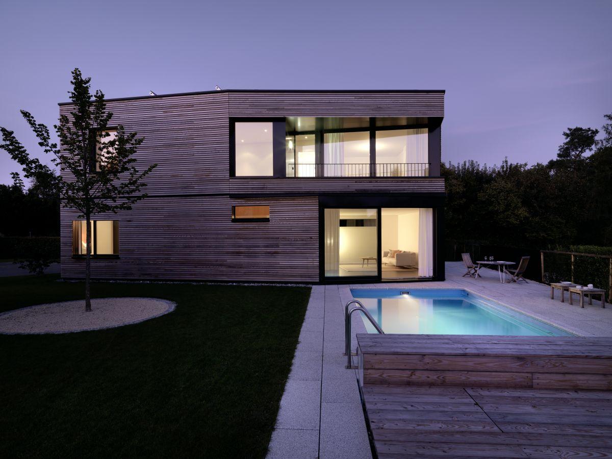 Maison en bois avec piscine for Acheter maison avec piscine