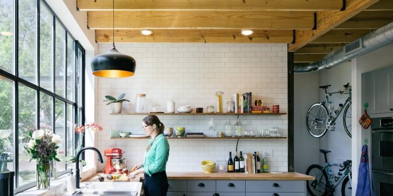 Cuisine avec verrière d'atelier