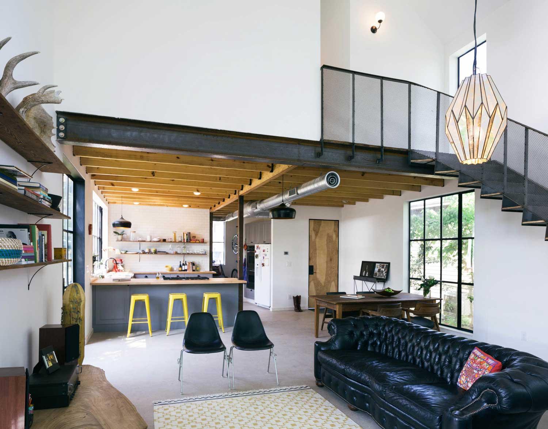 maison avec mezzanine en m tal. Black Bedroom Furniture Sets. Home Design Ideas
