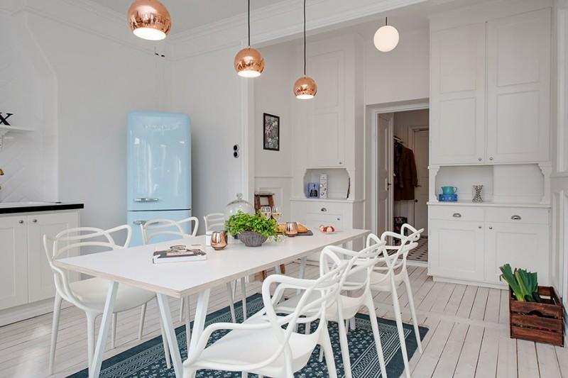 Parquet blanc dans une cuisine