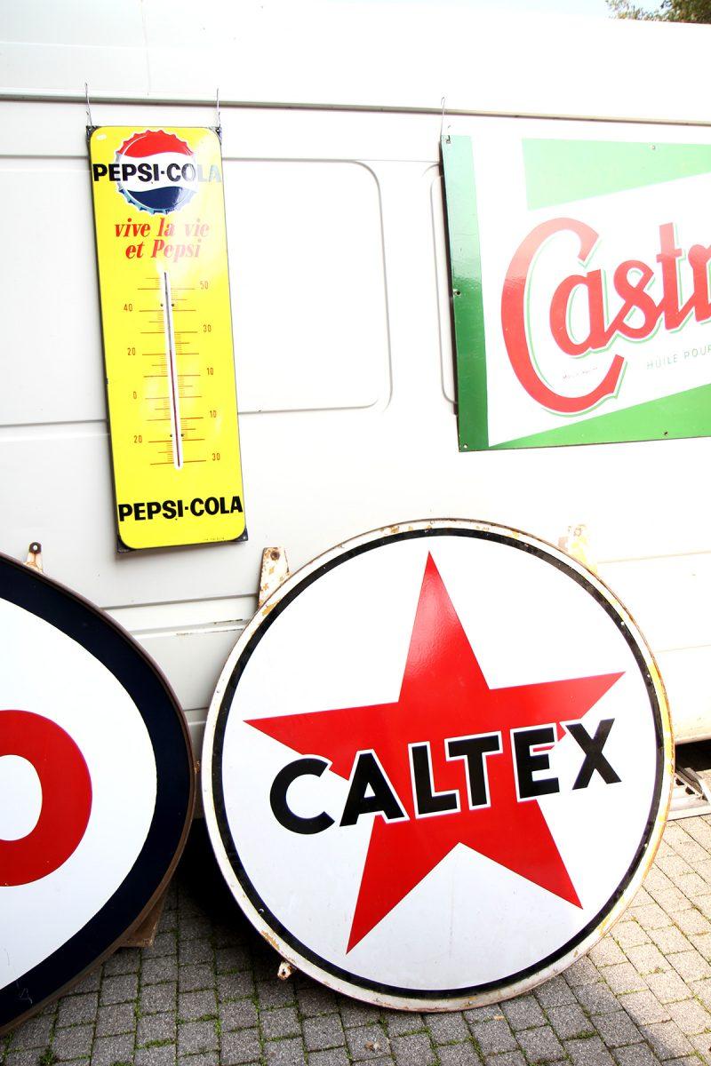 Enseigne Caltex vintage