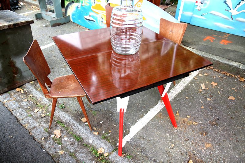 Table haute transformable en table basse
