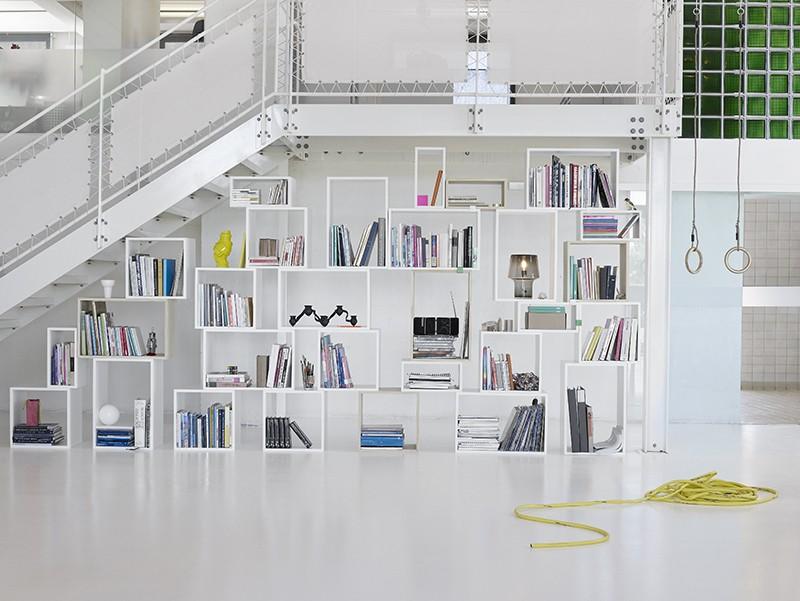 Bibliothèque à caissons blancs