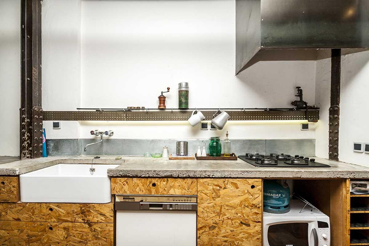Cuisine avec fa ade en osb for Acheter un loft a paris