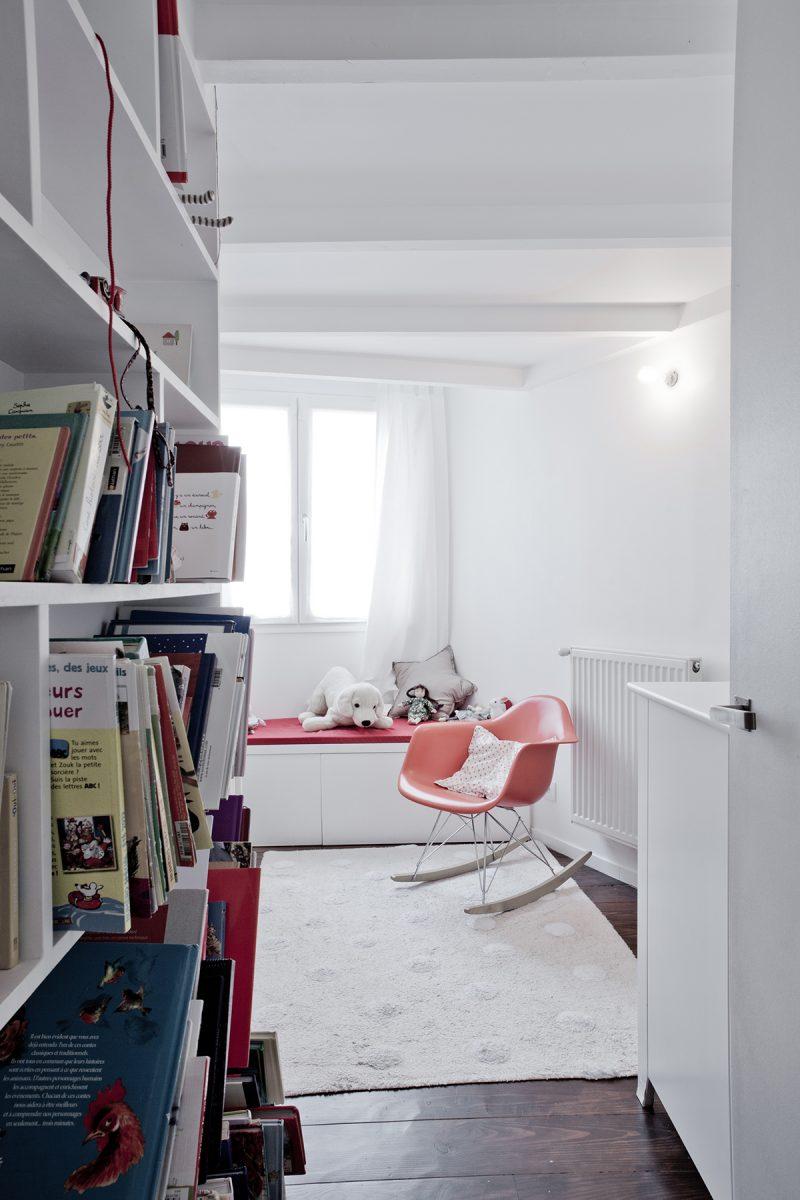 Chambre d 39 enfant avec rocking chair eames rar - Acheter un loft a paris ...