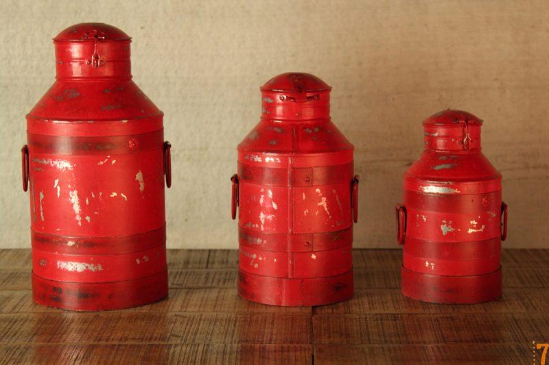 Boites rouges