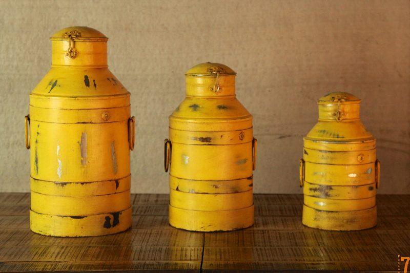 Boites jaunes