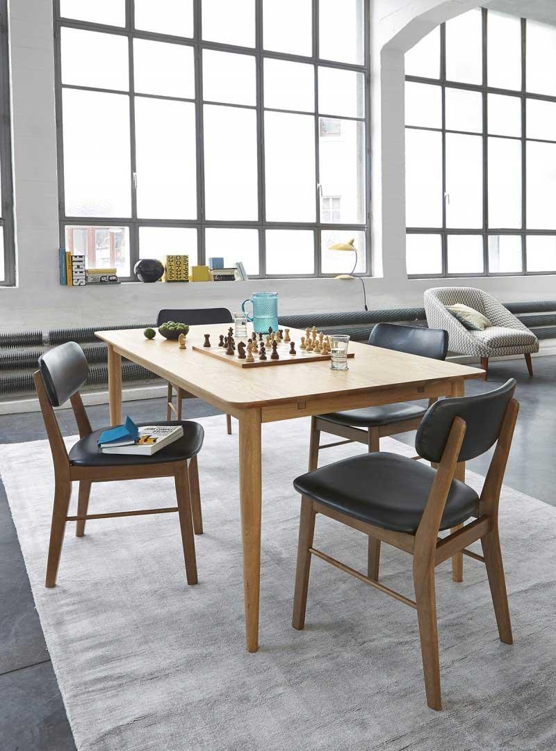 Table et chaises esprit vintage La Redoute Intérieur