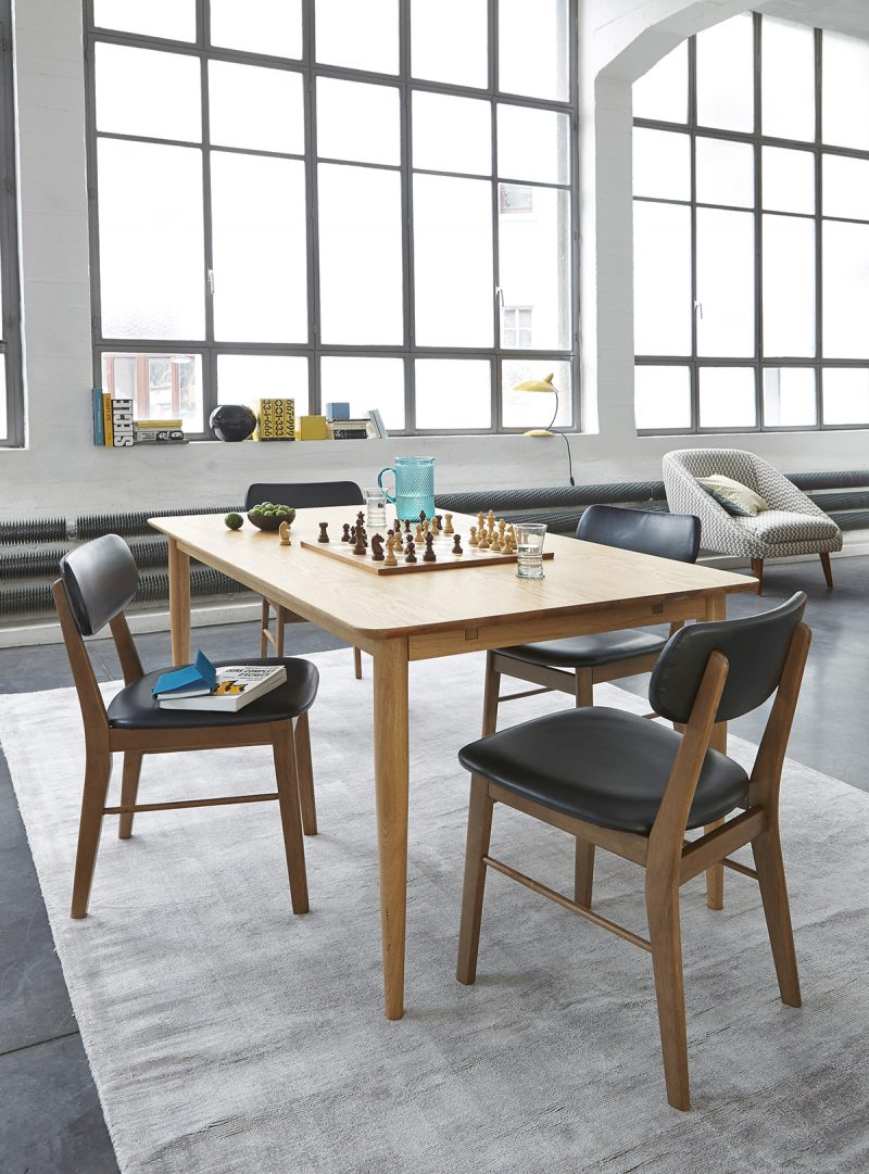 Table et chaises esprit vintage la redoute int rieur - Chaises la redoute soldes ...