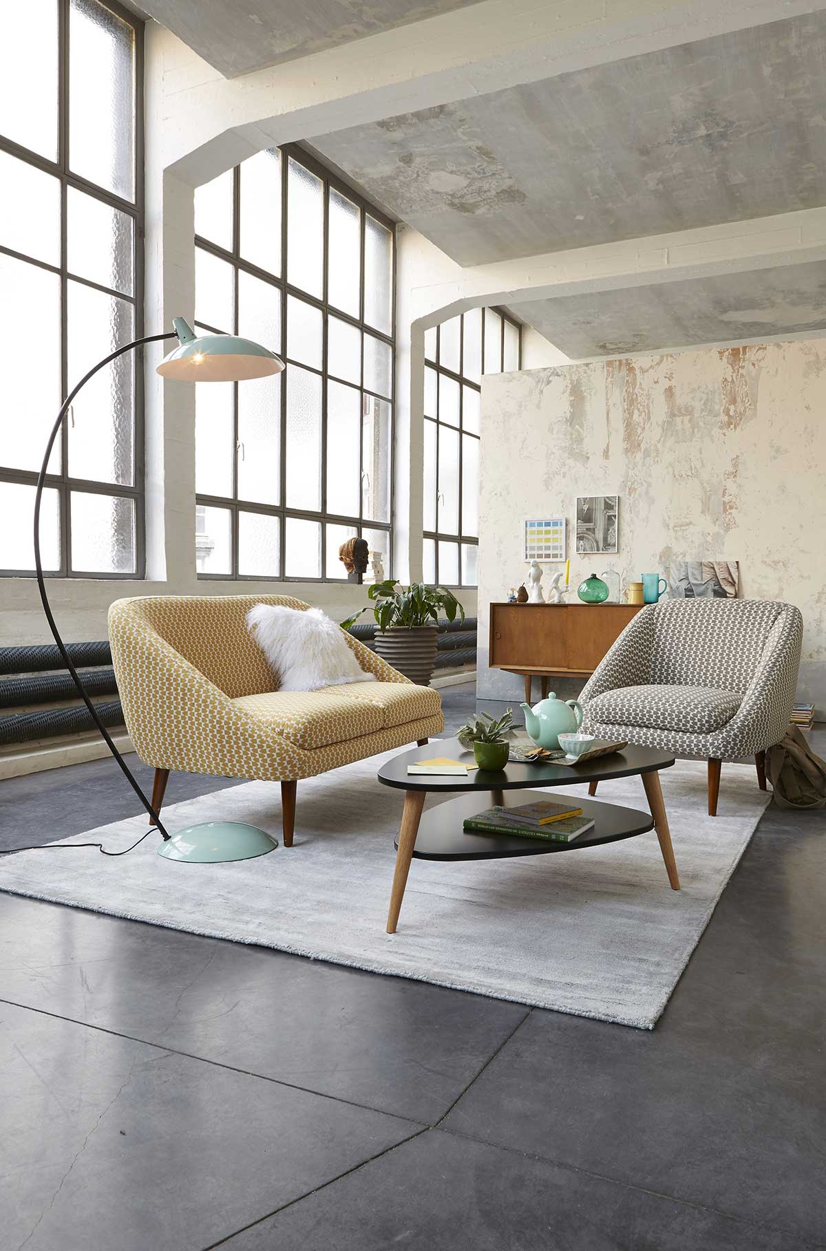 Salon dans un loft la redoute int rieur for Deco redoute