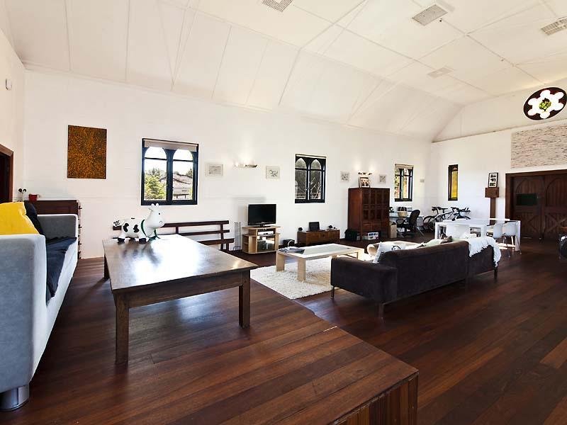 Eglise transformée en loft