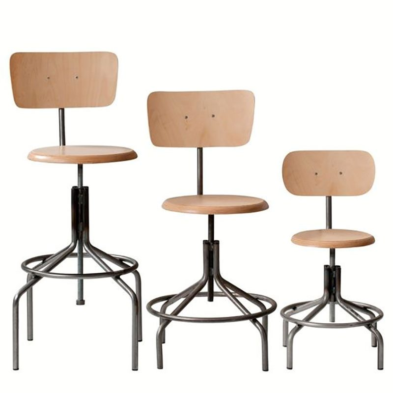 chaise industrielle 13 id es d co en m tal et bois. Black Bedroom Furniture Sets. Home Design Ideas