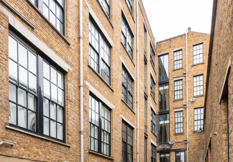 Immeuble en brique à Londres