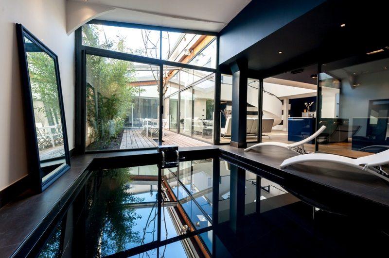 Interview de julien haussy fondateur de l 39 agence espaces atypiques for Piscine pour nager paris