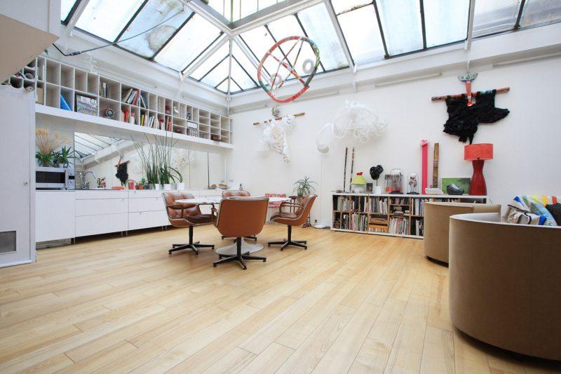 Loft de 184 m avec toit verri re paris - Acheter un loft a paris ...