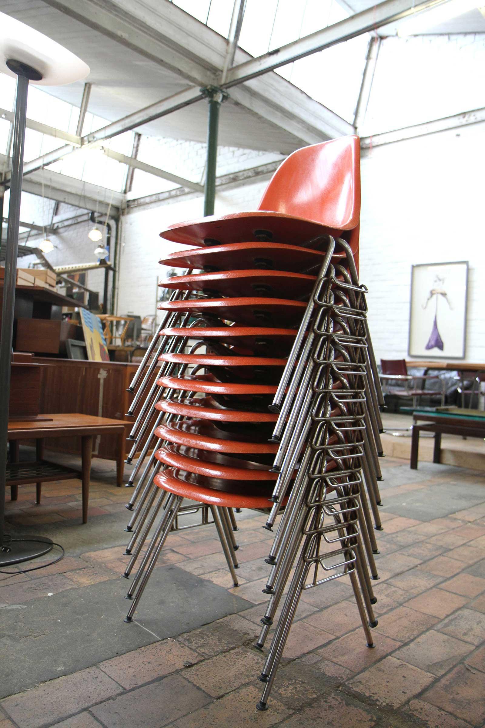 Chaise Eames DSS vintage à vendre à Gand