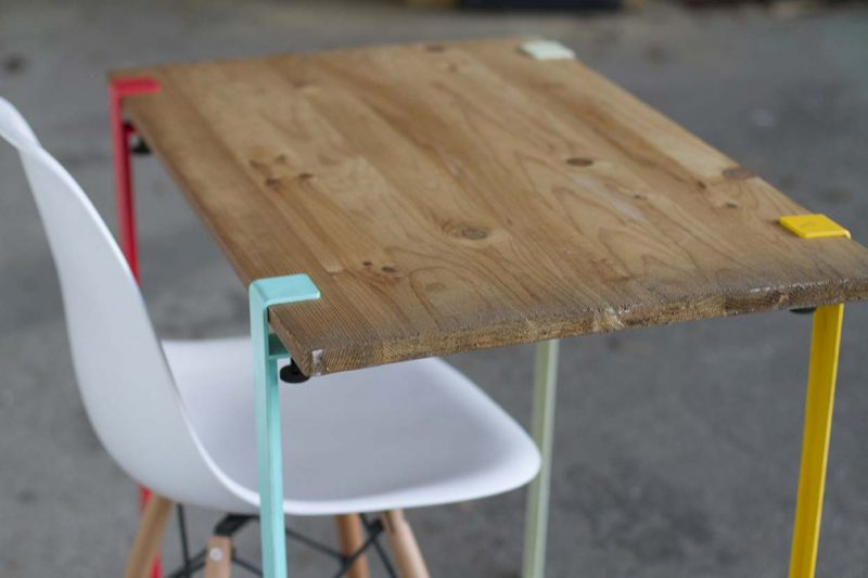 39 id es d co de tr teaux pour cr er une table ou un bureau - Patte de table metal ...