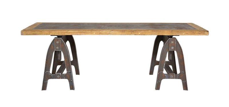 Table avec tréteaux industriels