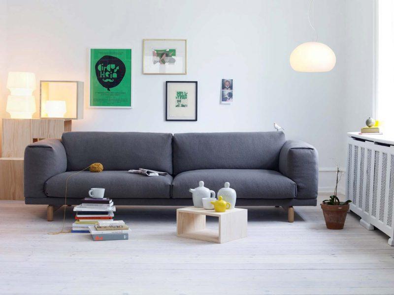 Canapé pour un salon à la déco scandinave