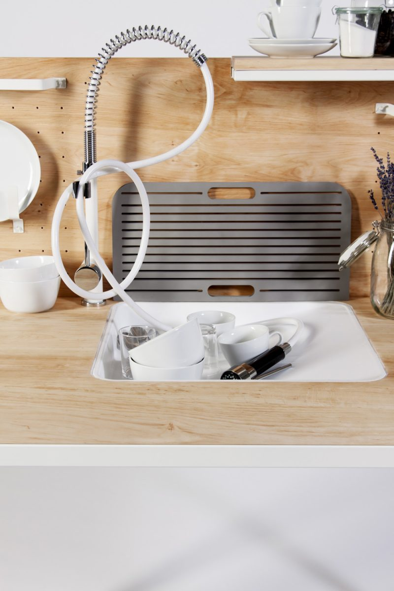14 cuisines l ments mobiles ind pendants. Black Bedroom Furniture Sets. Home Design Ideas