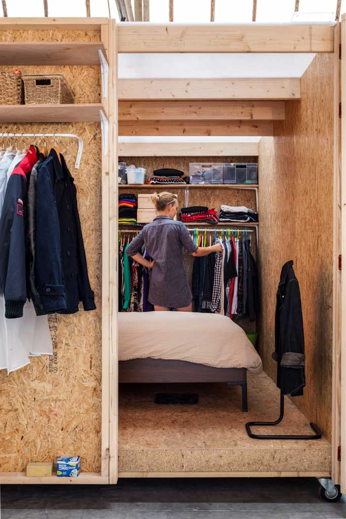 chambre en osb du loft. Black Bedroom Furniture Sets. Home Design Ideas