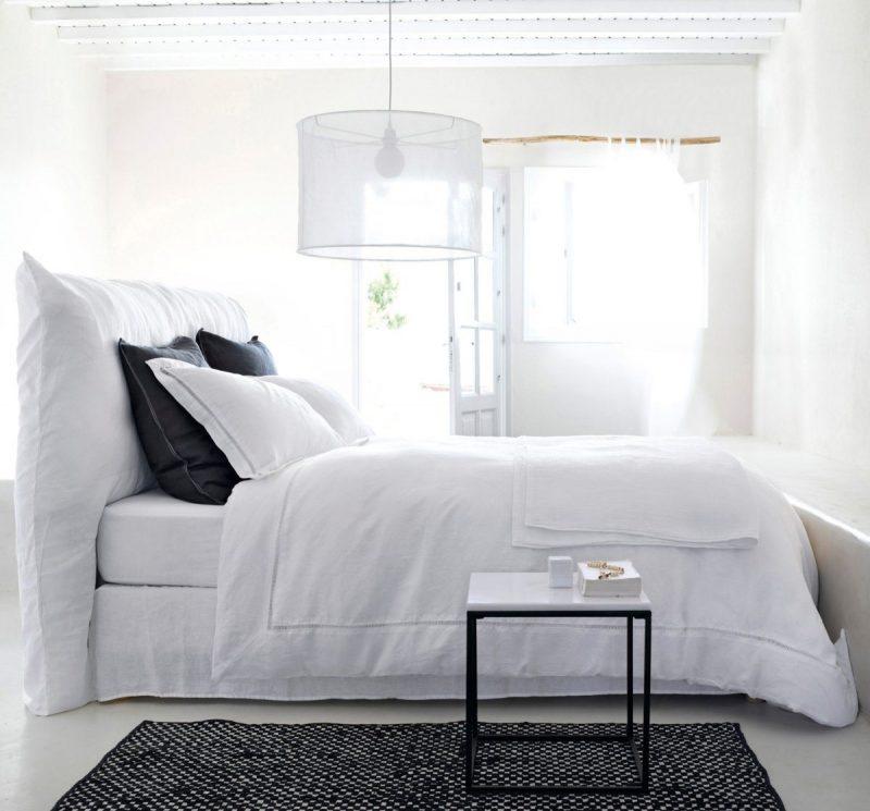 table d 39 appoint en marbre. Black Bedroom Furniture Sets. Home Design Ideas