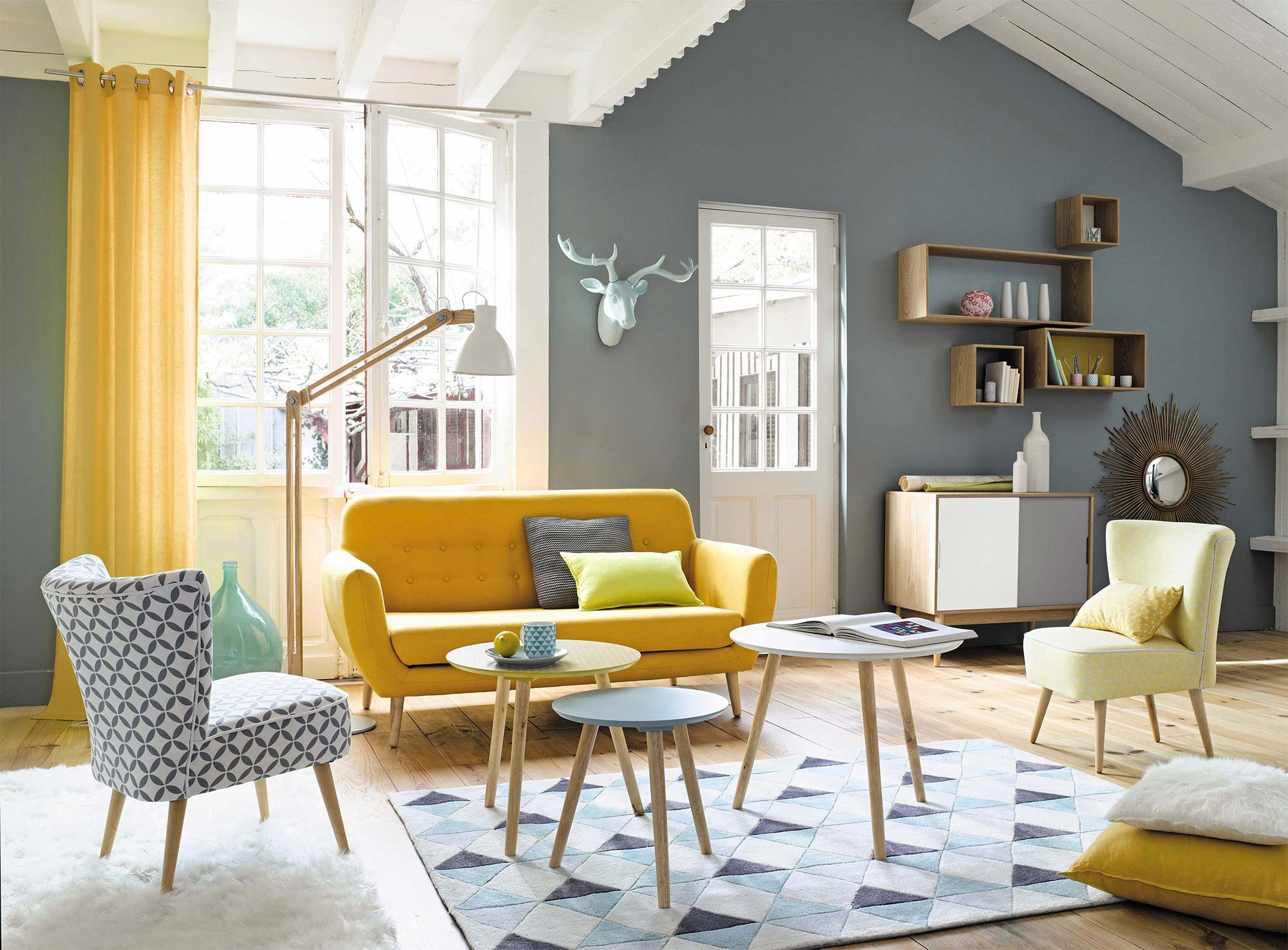 Canap scandinave jaune for Style de salon sejour