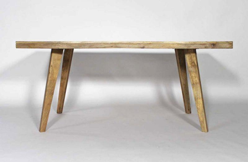 Table déco scandinave en bois massif