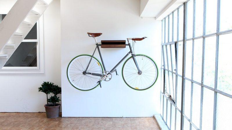 Etagère à vélo en bois
