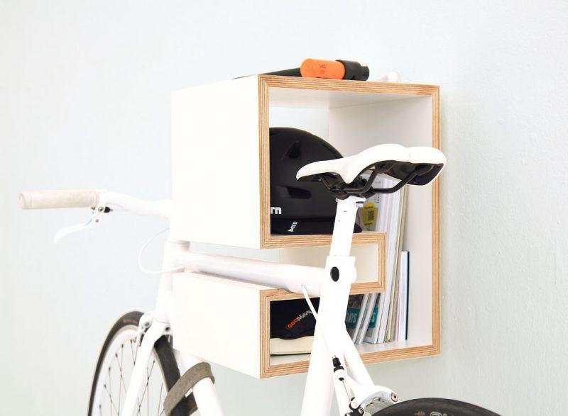 Étagère avec porte vélo