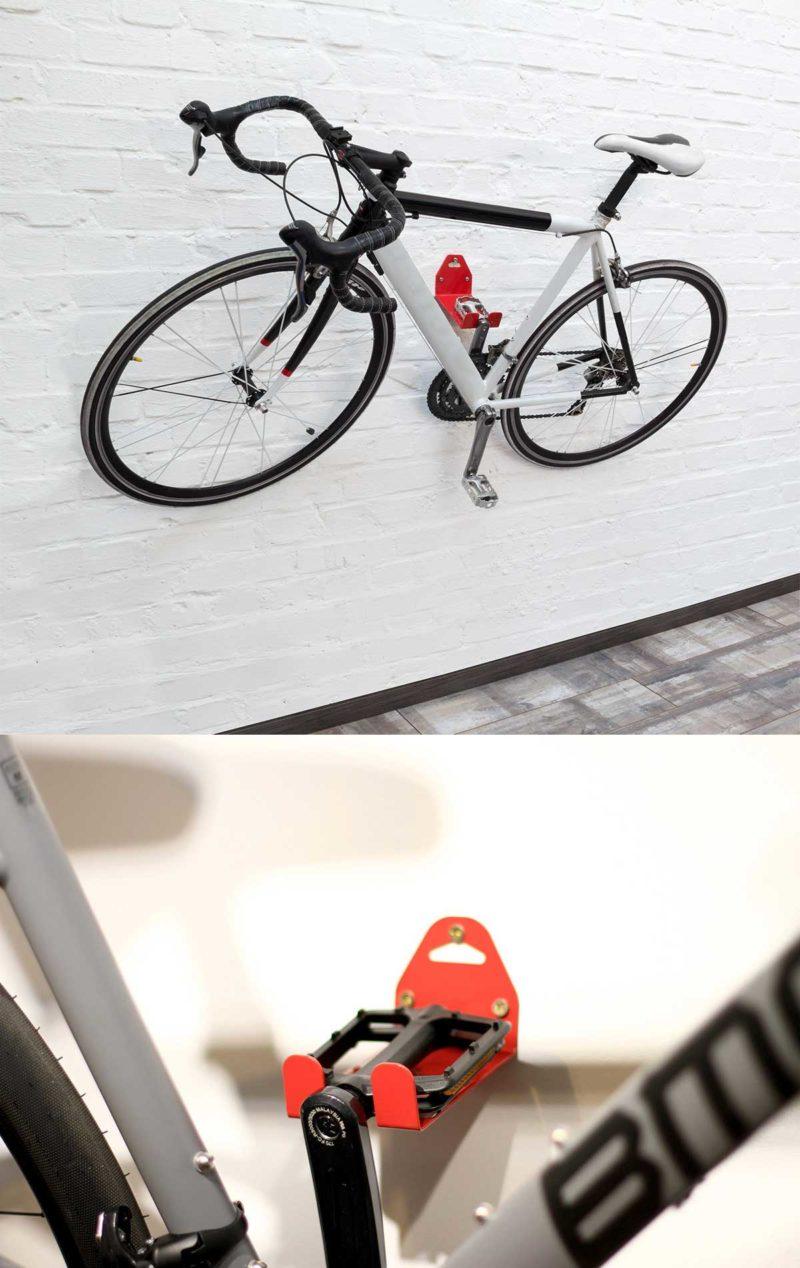 Porte-vélo mural par la pédale