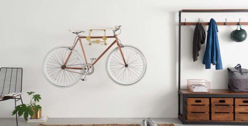 Support mural pour vélo jaune