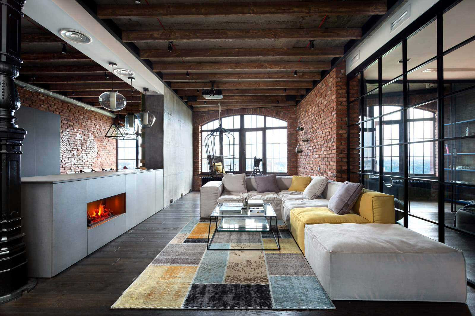 loft industriel kiev. Black Bedroom Furniture Sets. Home Design Ideas
