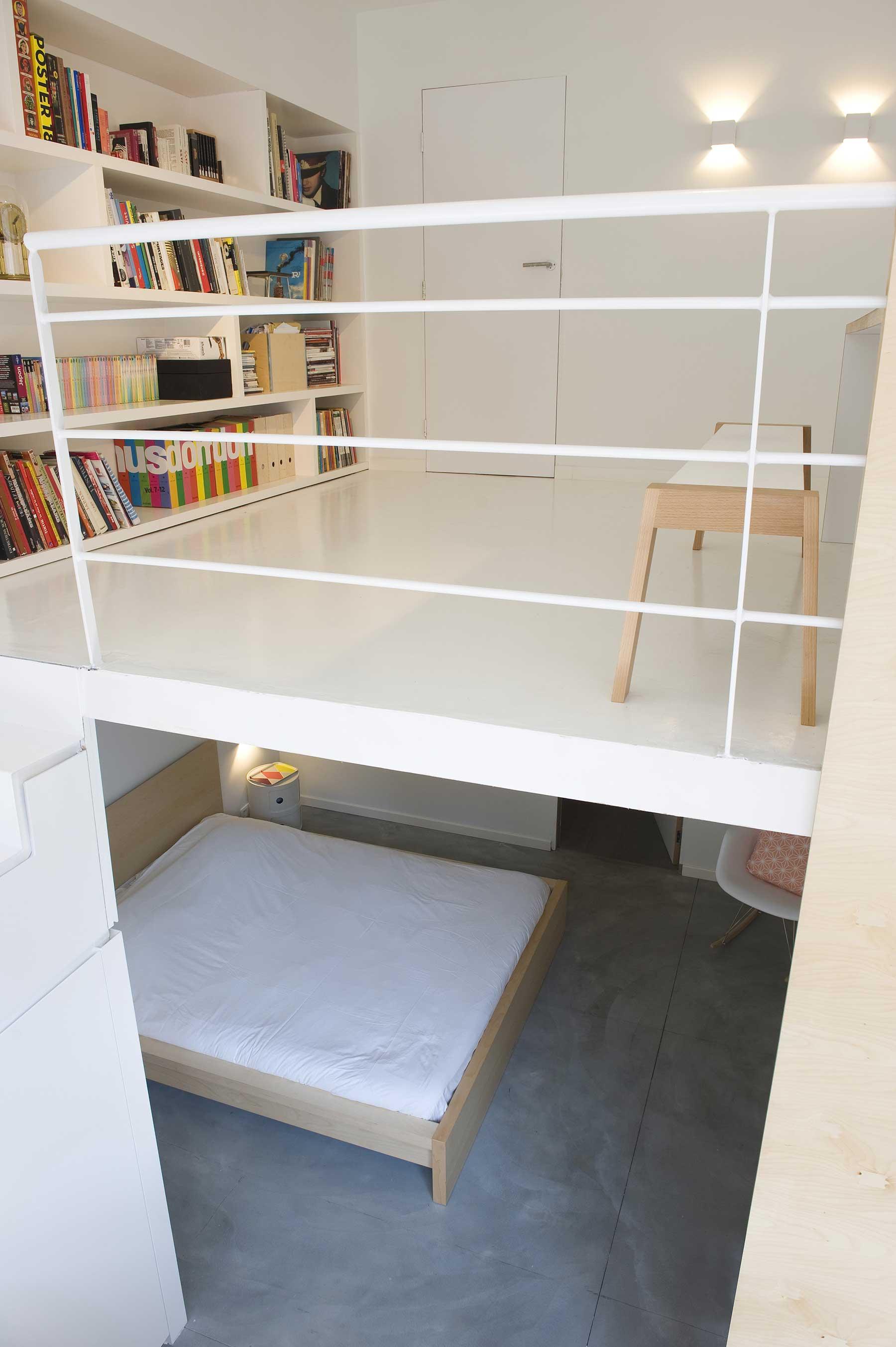 mezzanine blanche. Black Bedroom Furniture Sets. Home Design Ideas