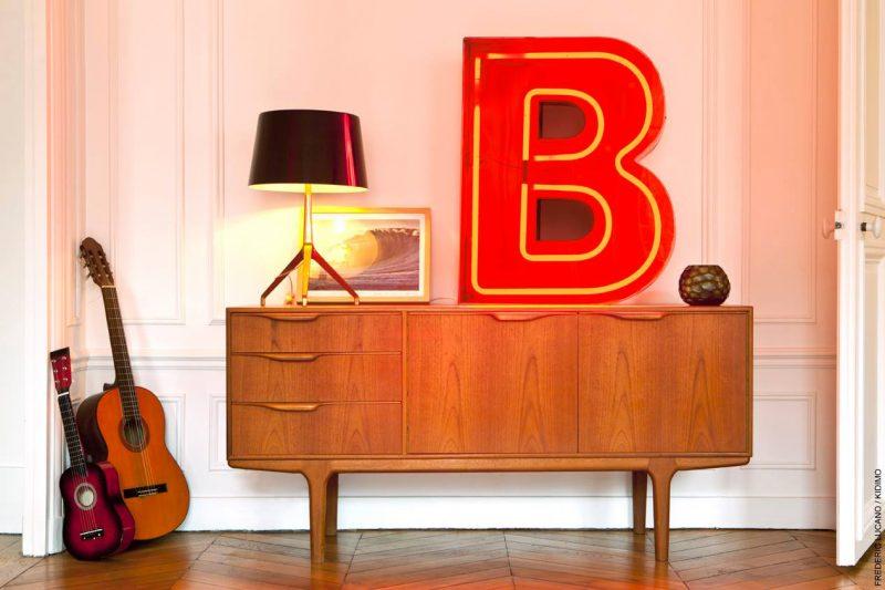 Lettre B lumineuse vintage