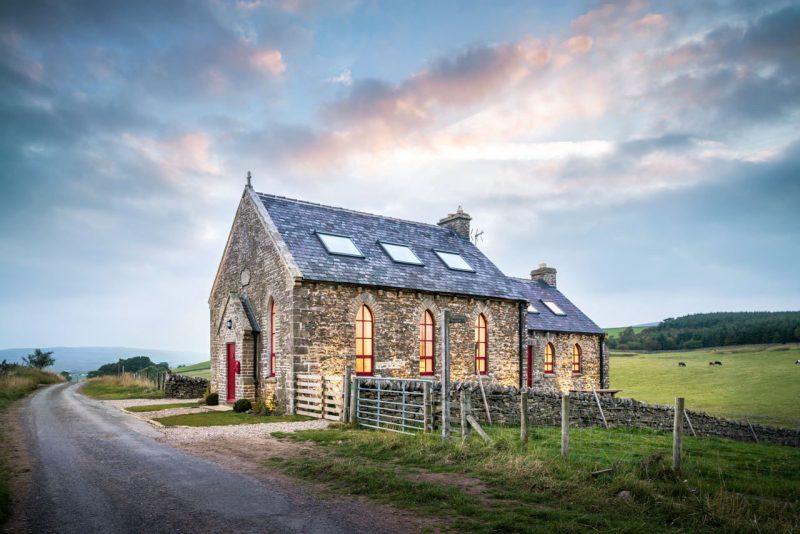 Loft dans une ancienne chapelle par Evolution Design