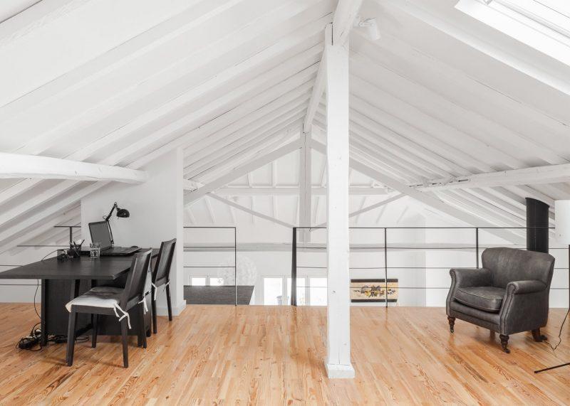 Mezzanine avec parquet